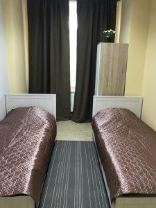 номер бизнес-класса с двумя кроватями
