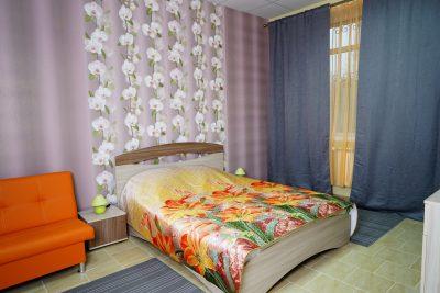 семейный номер полулюкс с двухспальной кроватью